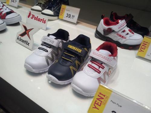 Török focis cipők