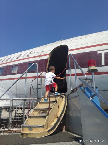 DC-3-as repülő