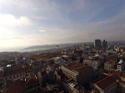 Isztambul történelmi belvárosa nagyon magasról meg (nagyon) messziről