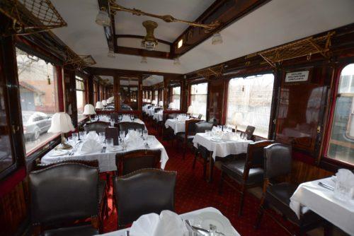 WR 2347 / Teakfa Orient étkezőkocsi kocsibelülről. Forrás: Máv nosztalgia