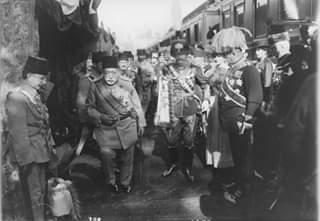 IV.Károly és Zita királyné Konstantinápolyban - 1918. május 10. Forrás: Délmagyarország (1918) Képforrás: Österreichisches Kulturforum Istanbul / Avusturya Kültür Ofisi