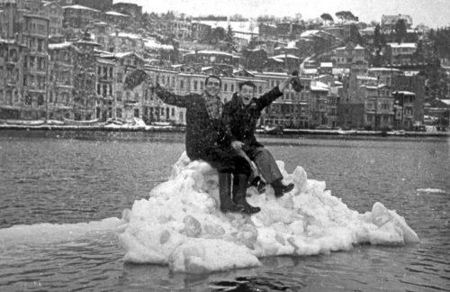 Üdv a fagyott Boszporuszról! - Forrás: ekşişeyler