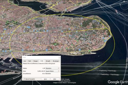 Konstantinápoly mérete Nagy Konstantin beköltözésekkor. (Sárga kör)
